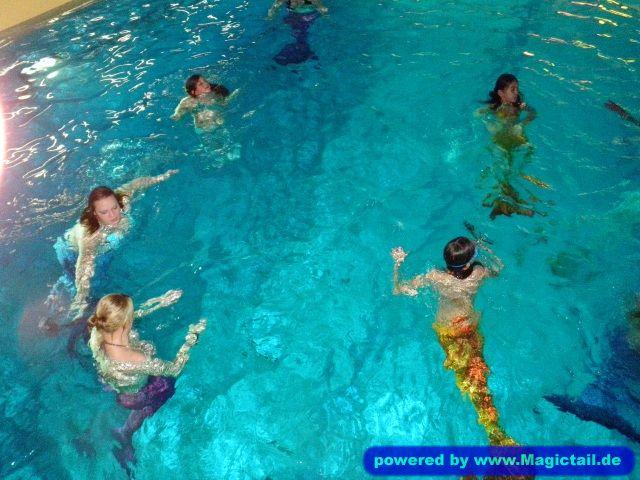 Willkommen im Meerjungfrauen-Club:Clubgründungsfeier-Meerjungfrauen-Club