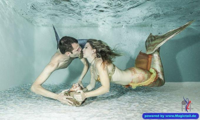 meerjungfrau-live.de Meerjungfrau Natalie:Meerjungfrau Natalie mit Meermann Andres-Meerjungfrau Natalie