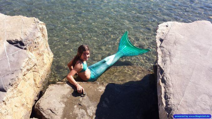 Magictail :Ausruhen nach dem Schwimmen!-BarbaraBibi